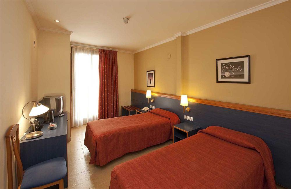 Hotel Moderno в Барселоне