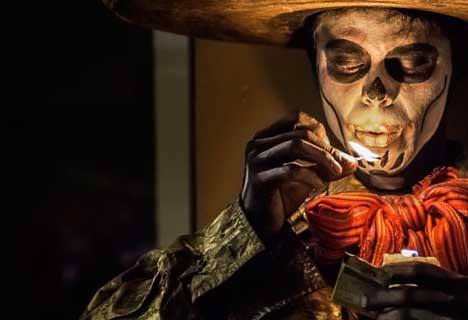 Мужской образ на День Мертых в Мексике