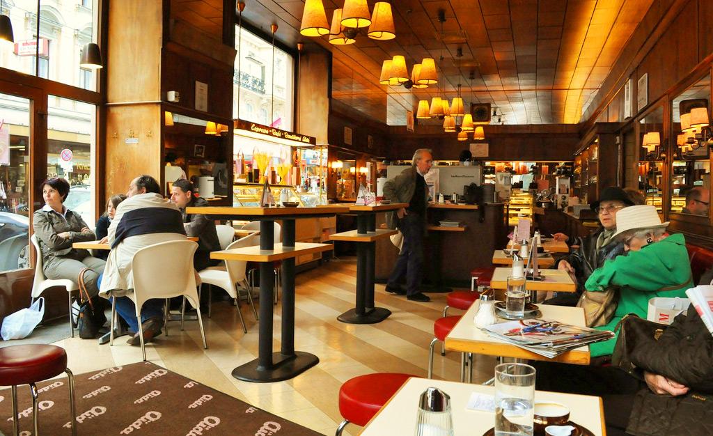Венская кофейня Aida Cafe