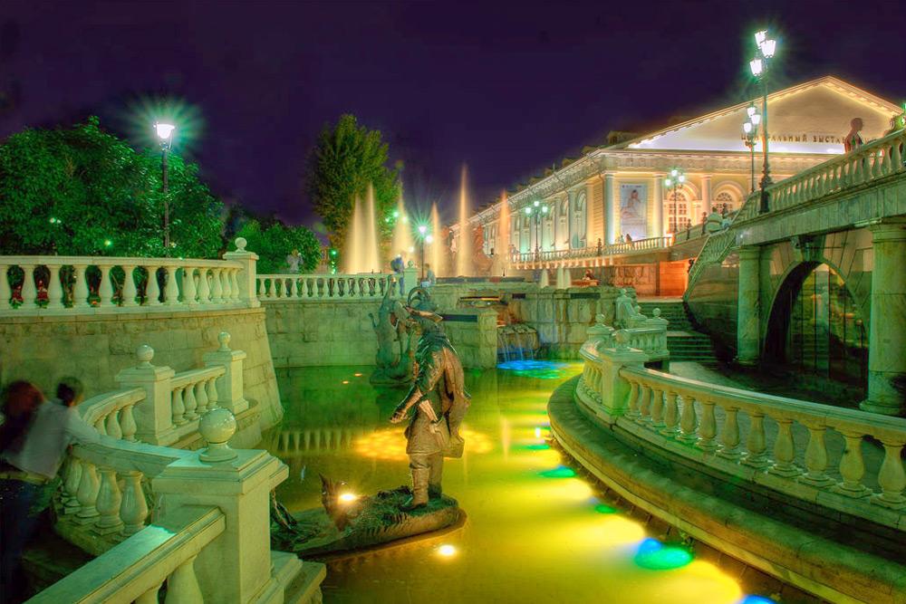 Ночная экскурсия по Москве «Самые скандальные истории Любви»