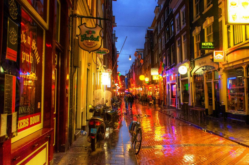 Ночные прогулки по Амстердаму