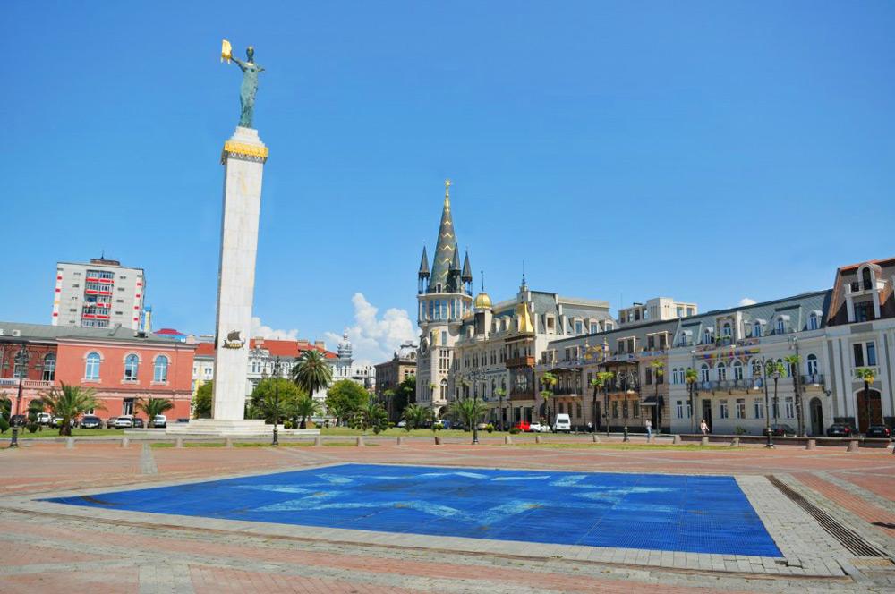 Площадь Европы в Старом Батуми