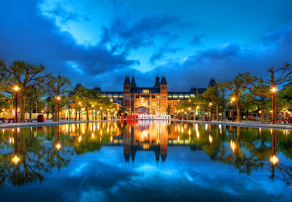 Романтический вечер в Амстердаме