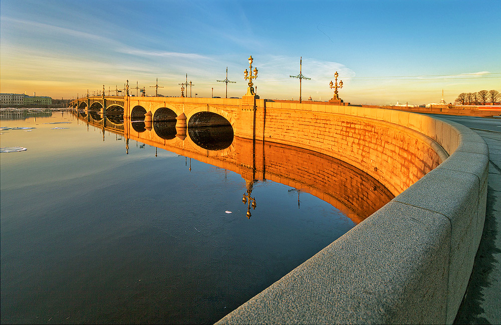 Saint Petersburg Trinity Bridge