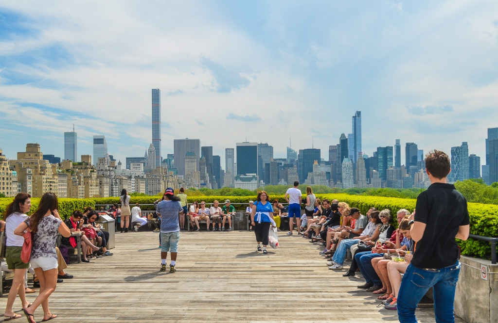 THE METROPOLITAN MUSEUM OF ART ROOF GARDEN CAFÉ AND MARTINI BAR