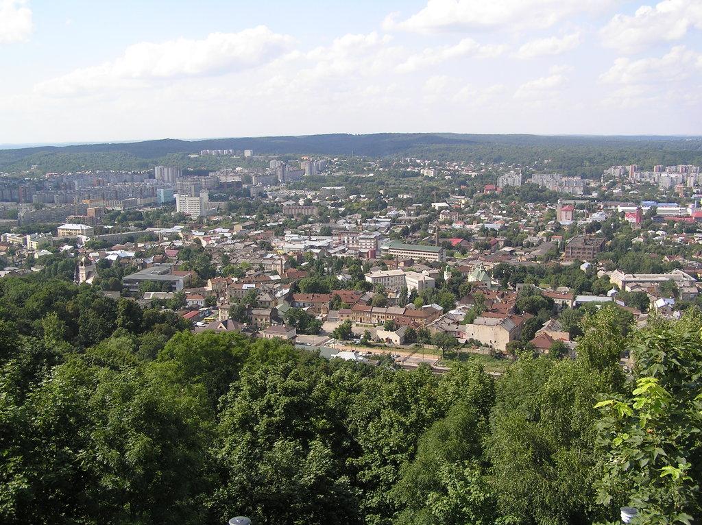 Панорама с Замковой горы во Львове