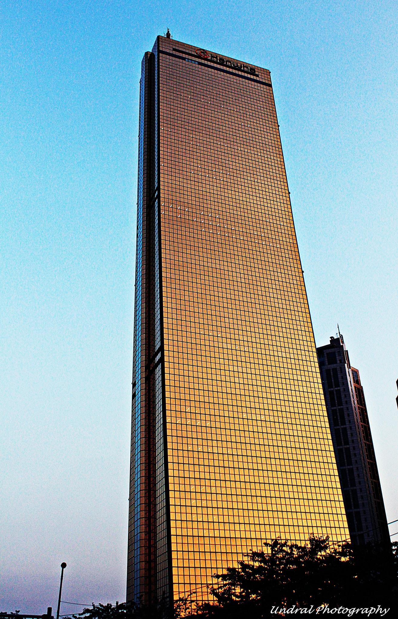 63 Building в Сеуле