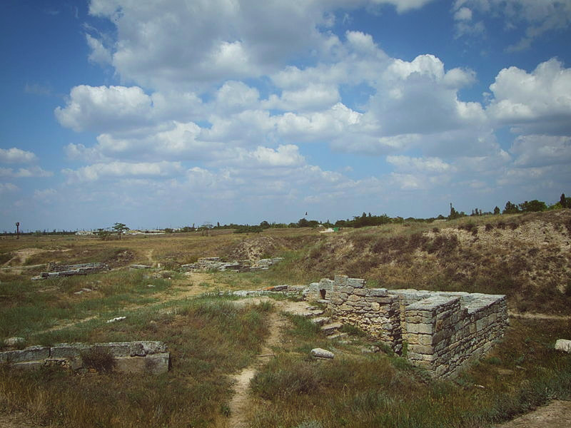 Раскопки в историко-археологическом заповеднике Ольвия