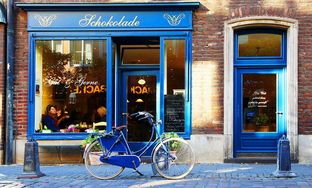 Шоколадница на улице Альтштадт в Дюссельдорфе