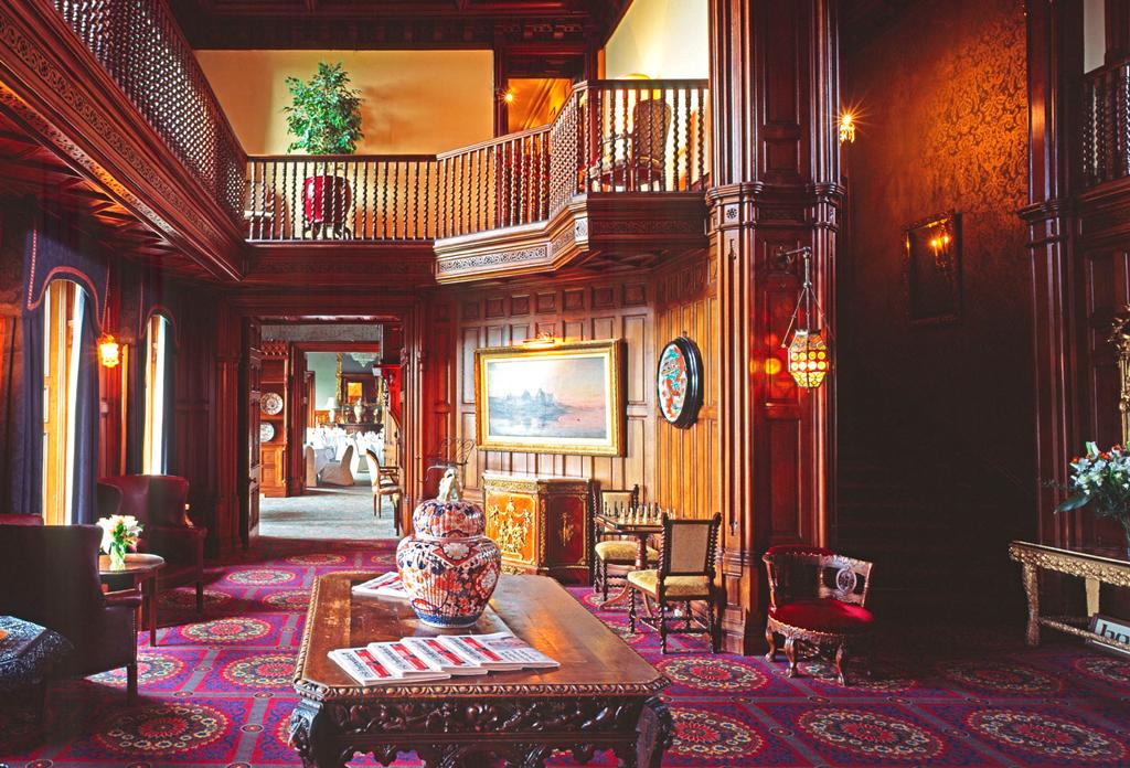 Лобби в Ashford Castle, Конг, Ирландия