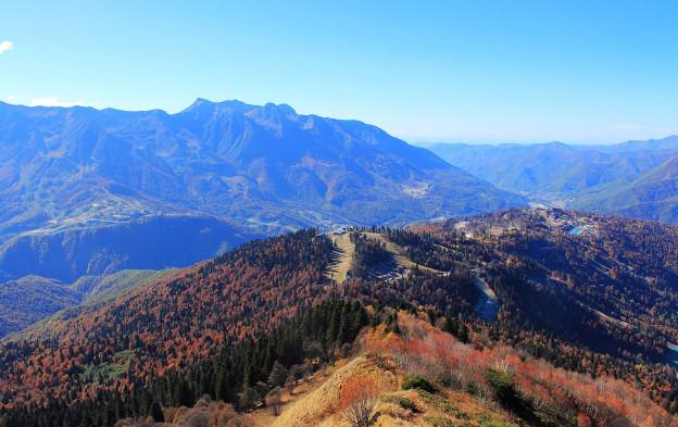 Осень в Сочинский национальный парке рядом с Красной Поляной