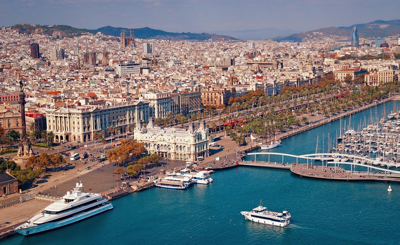 Барселона, Италия