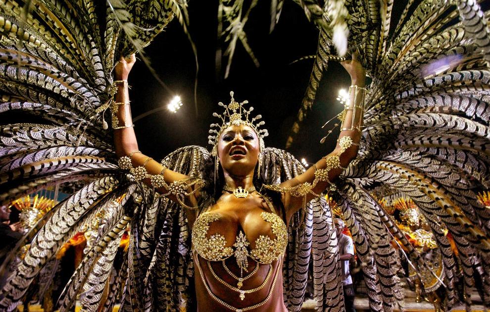 Бразильский карнавал, самбодром в Рио-де-Жанейро 2014
