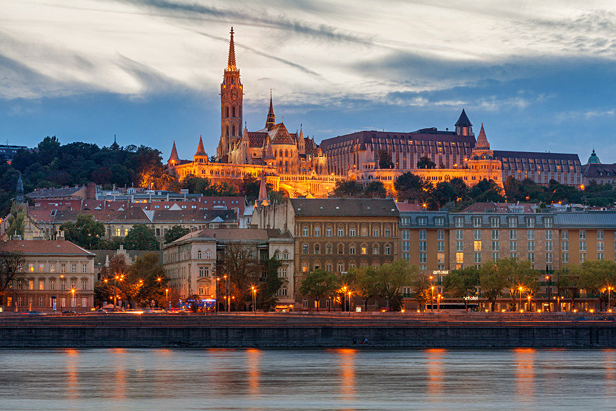 Экскурсия по Дунаю на прогулочном корабле, Будапешт