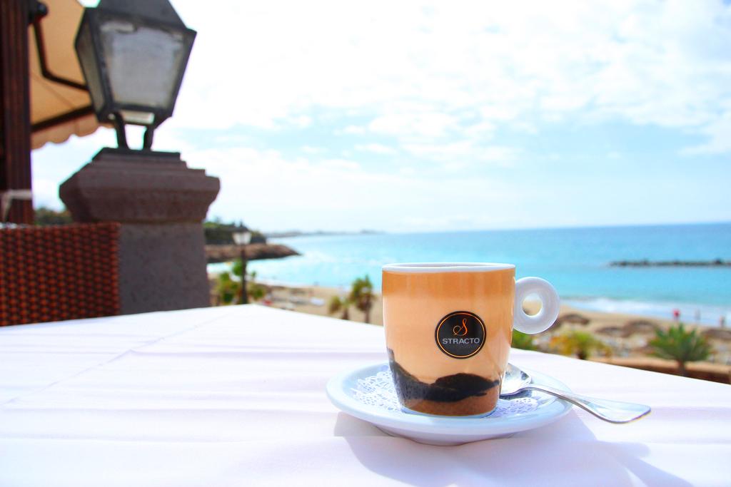 Чашка кофе на Тенерифе