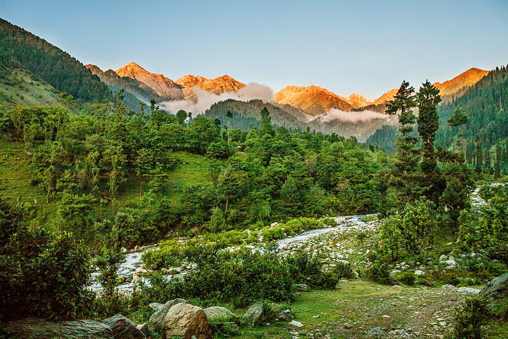 Чатпал, Кашмир, Индия
