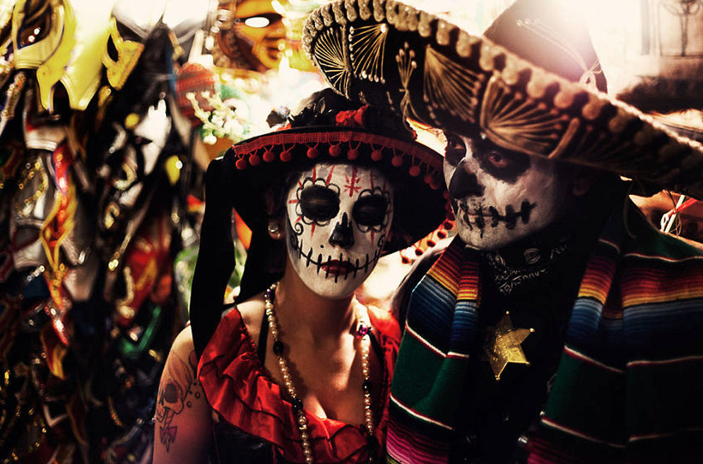 an overview of the mexican celebrations dia de los muertos the day of the dead La calavera catrina  an icon of the mexican día de muertos, or day of the dead  catrina is a popular costume in day of the dead celebrations in mexico.