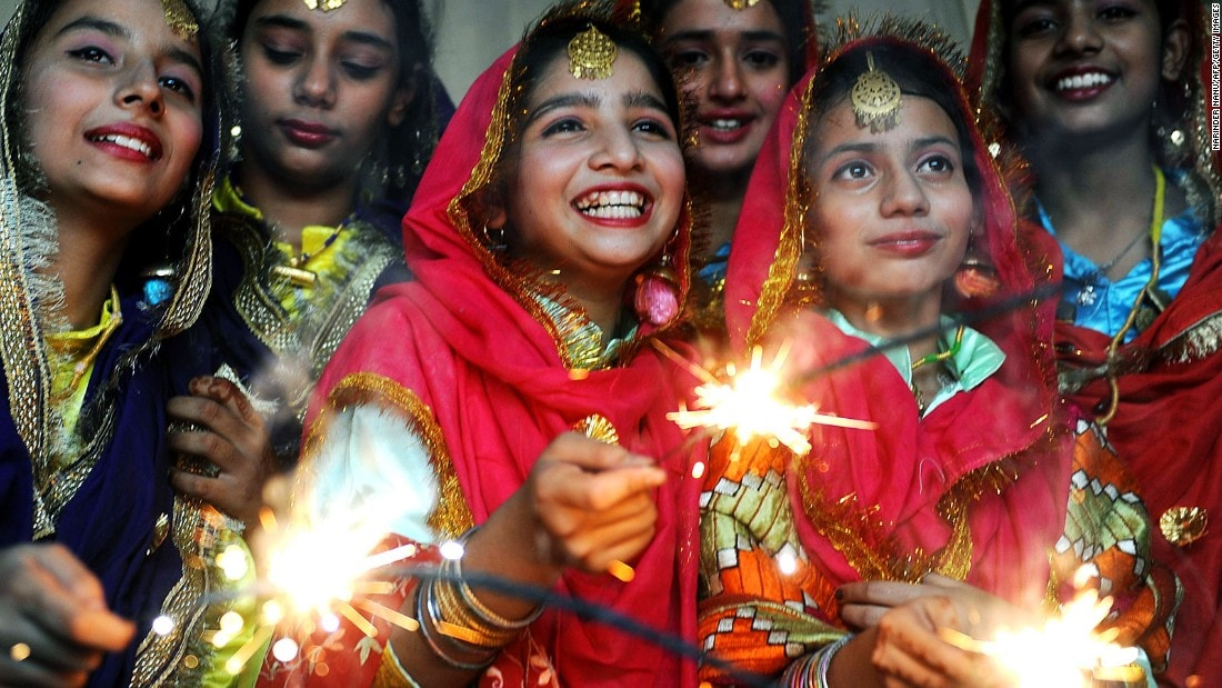 new year essay india Indian new year is celebrated in entire nation, everybody wishes their friends and family a very happy new year know indian new year traditions and celebrations here.