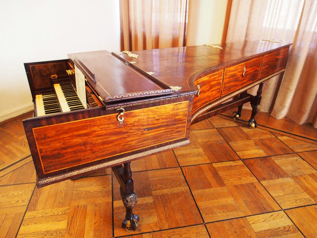 Экспозиция музыкальных инструментов, Познань