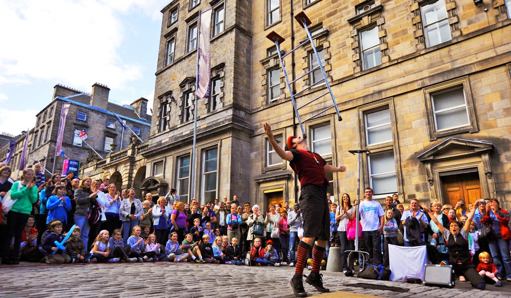 Фестиваль Fringe в Эдинбурге