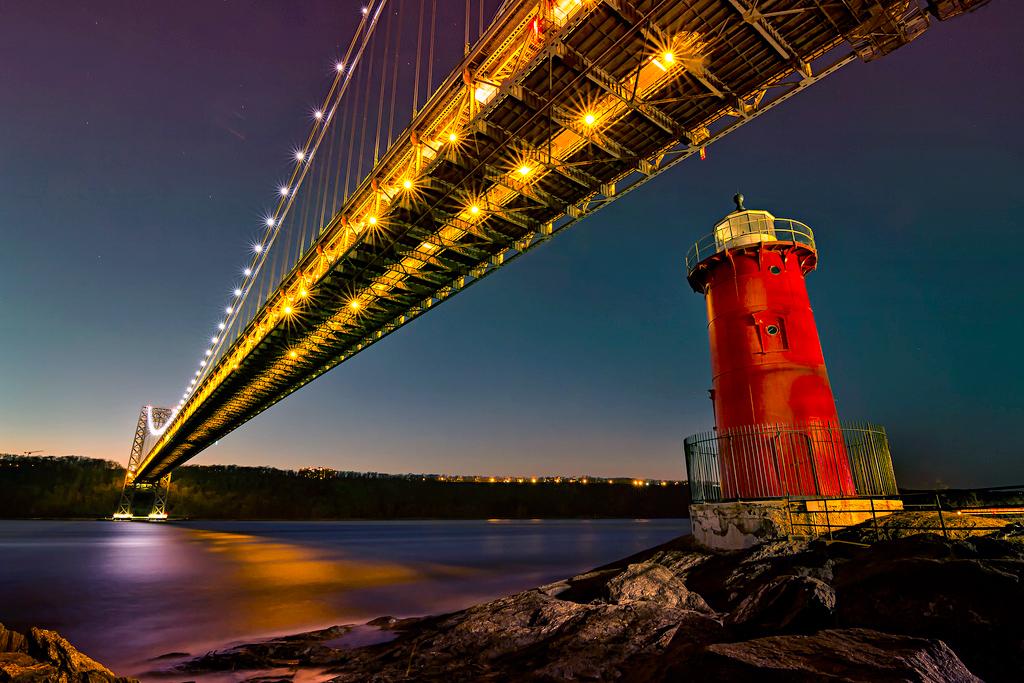 Мост Джорджа Вашингтона в Нью-Йорке, США