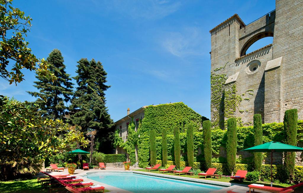 Бассейн в Hotel de la Cite
