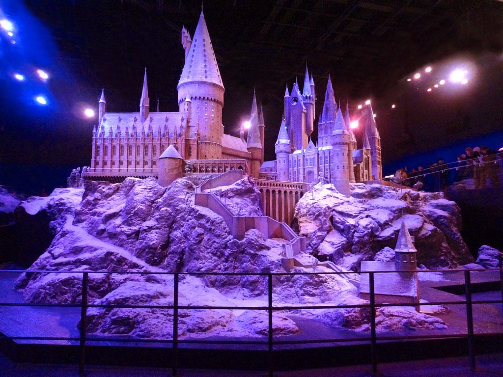 Модель замка Хогвартс в музее Гарри Поттера