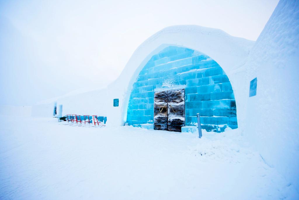 Иглу отель icehotel, Юккасъярви, Швеция