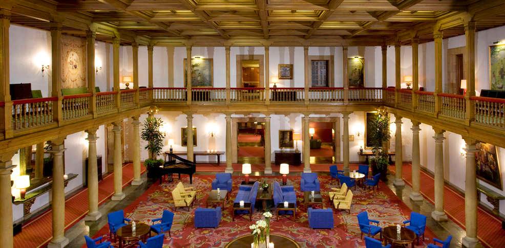 Интерьер отеля Melia Hotel de la Reconquista, Овьедо, Испания