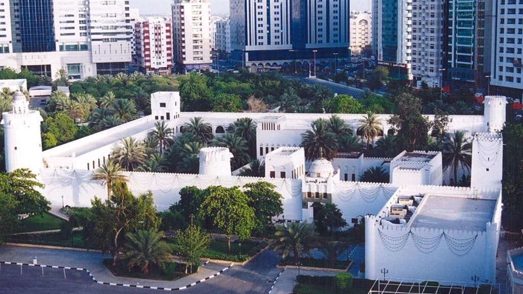 Дворец Каср-аль-Хосн в Абу Даби