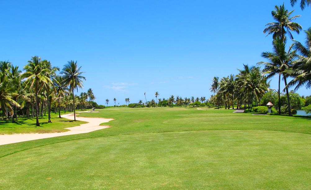 Клуб Гольфа острова Бали