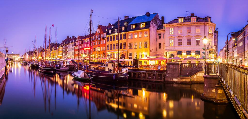 Копенгаген ночью, Дания