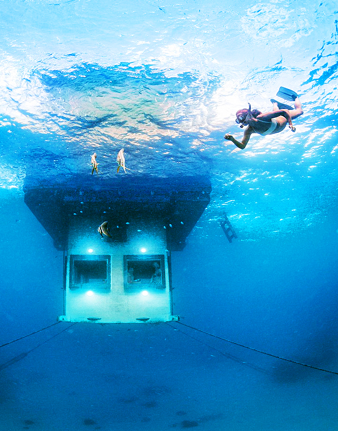 Подводный номер Manta Resort, Занзибар
