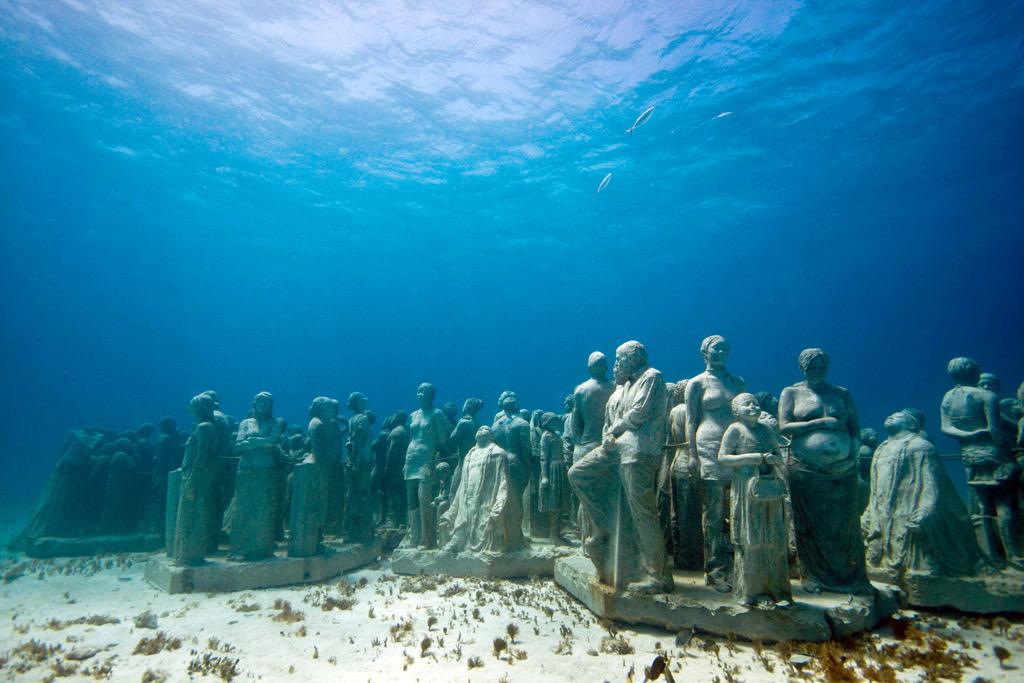 Музей подводных скульптур Тихая эволюция в Канкуне