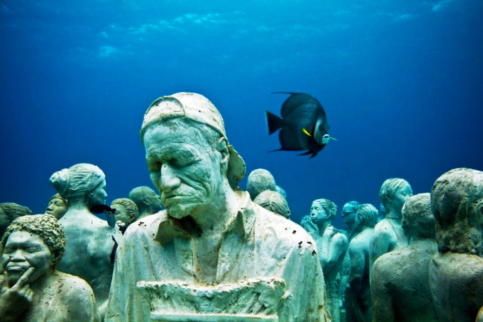 Музей подводных скульптур в Канкуне, Мексика