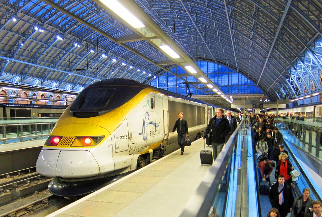 На поезде из Парижа в Лондон