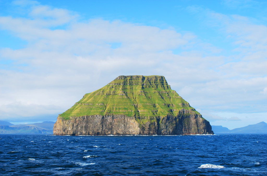 Остров Луйтла-Дуймун, Фарерские острова