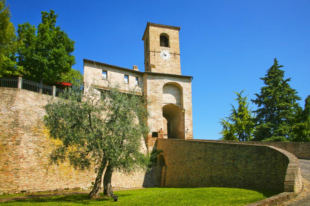 Palazzo Viviani Castello Di Montegridolfo, Римини, Италия