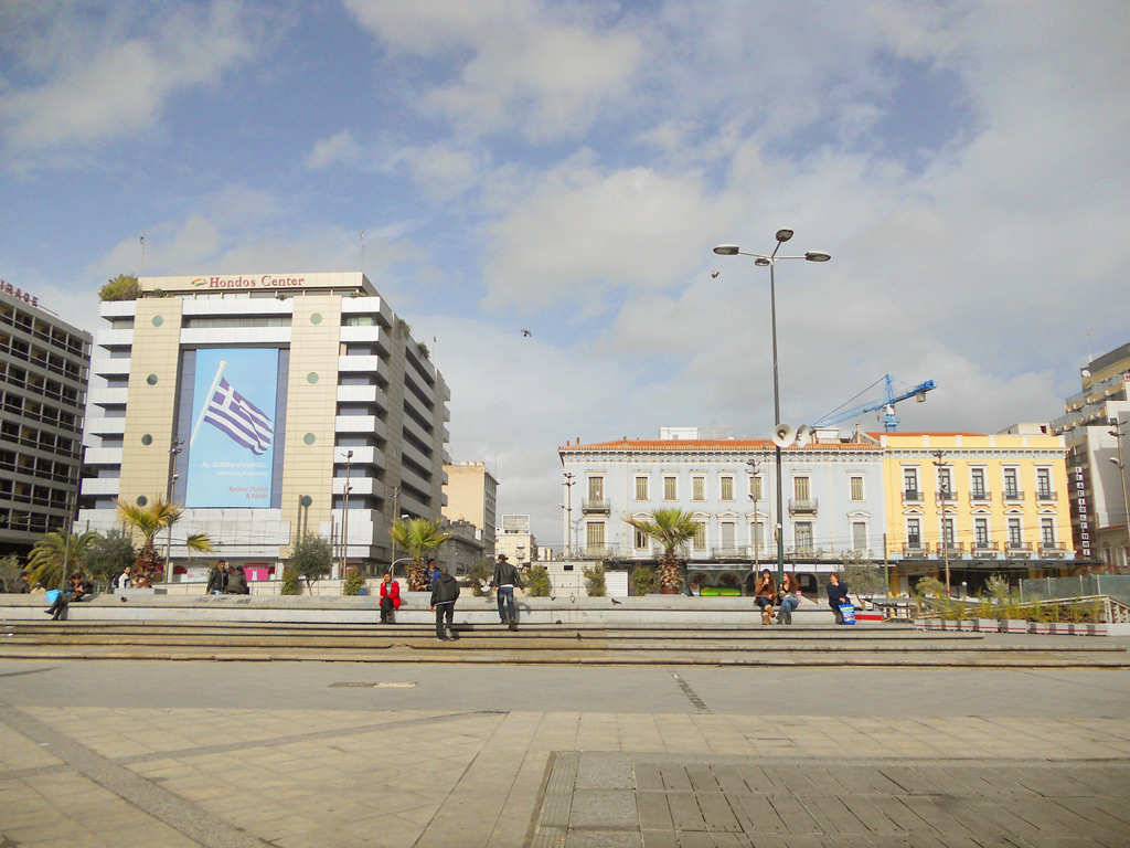 Площадь Омония, Афины