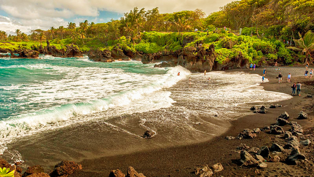 Пляж Хонокалани, Мауи, Гавайи, США