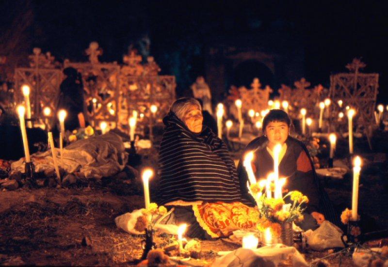 Кладбище на День мертвых
