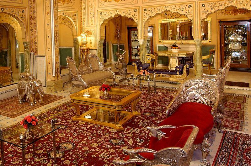 Shahi Mahal в The Raj Palace