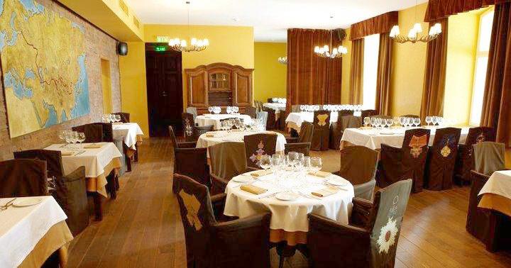 Ресторан Mannerheim в Таллине, интерьер