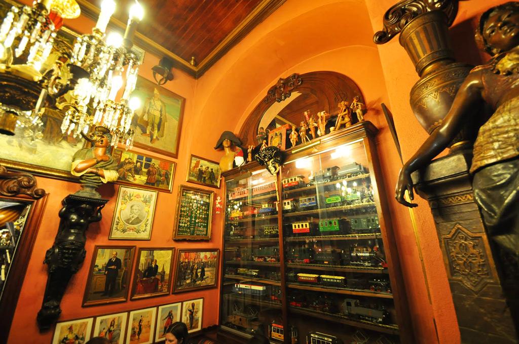 Ресторан «Павильяу Шинеш» (Китайский павильон)