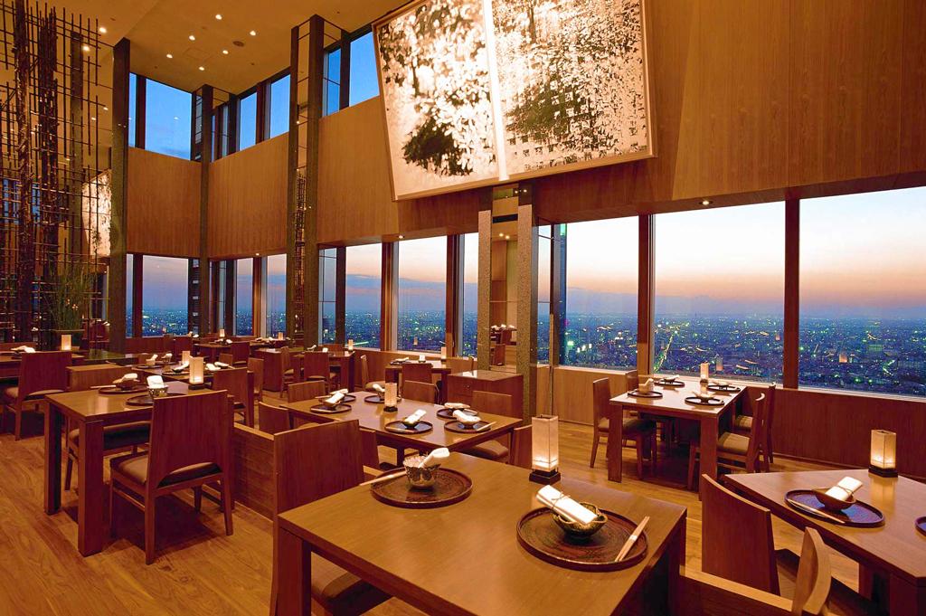 Ресторан в отеле Park Hyatt Tokyo, Токио, Япония
