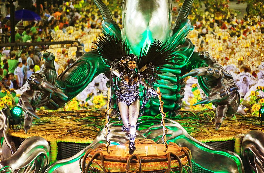 Оргии в рио де жанейро на карнавале, азиатские большие жопы порно