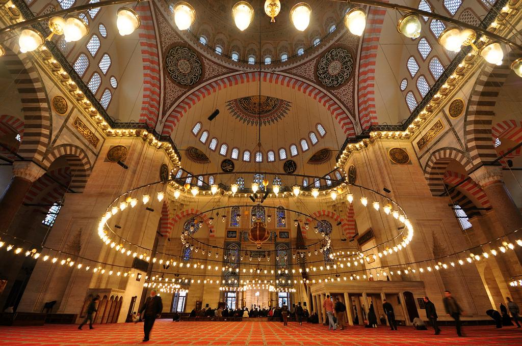Внутренний вид мечети Сулеймание, Стамбул