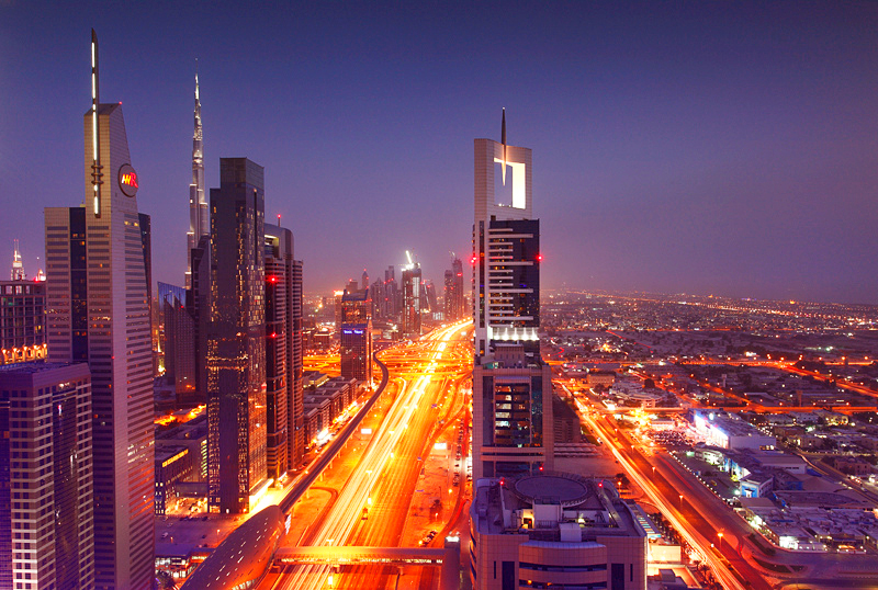 Улица Шейх Заед Роуд в Дубаи