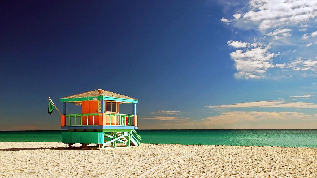South Beach - один из лучших плажей Майами-Бич