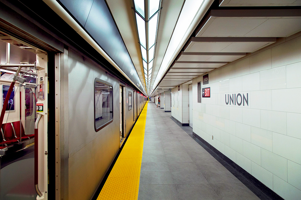 TTC-Union-Station, Торонто